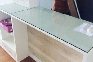 Tampos de mesa em vidro